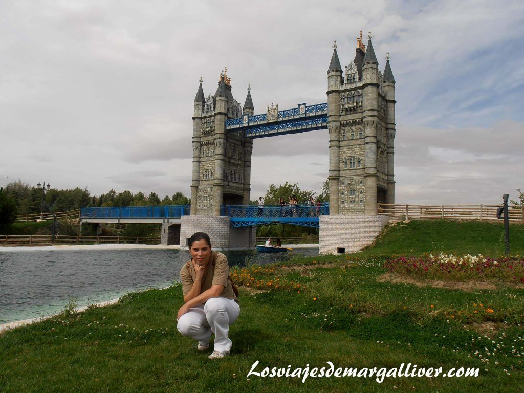 Puente de Inglaterra del Parque Europa - Los viajes de Margalliver